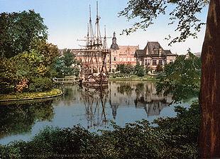 310px-The_Tivoli_park,_Copenhagen,_Denmark